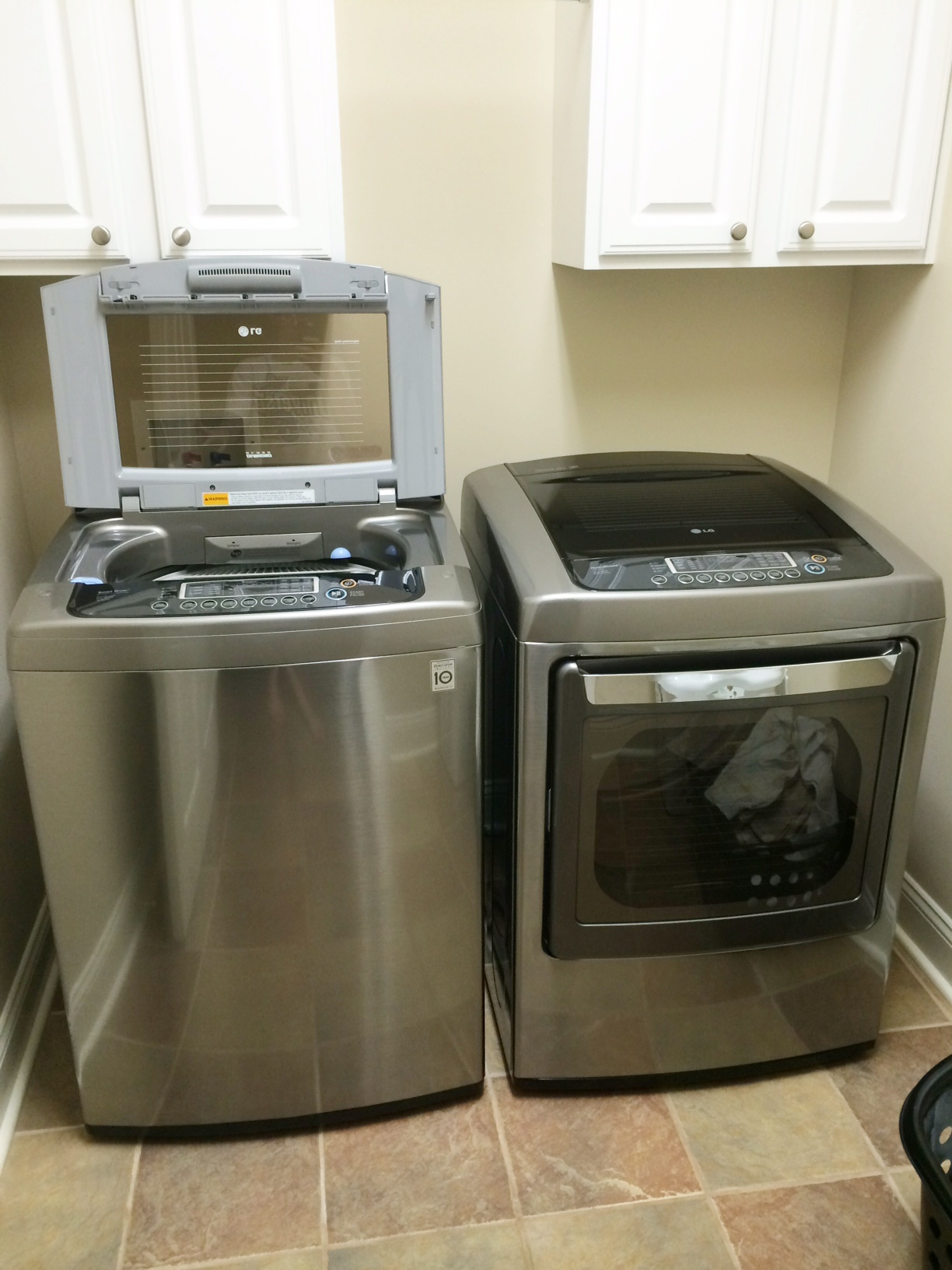 New LG 4.5 High Efficiency Top Load Washer and Dryer Review