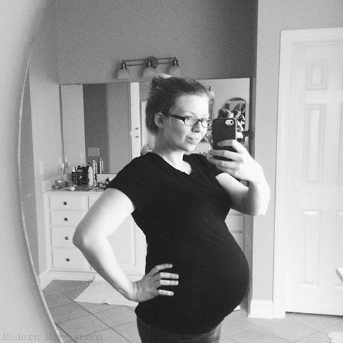 32 weeks pregnant photo