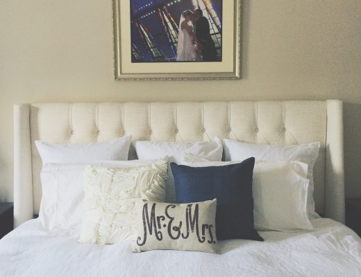 linen duvet and pillows for king bed