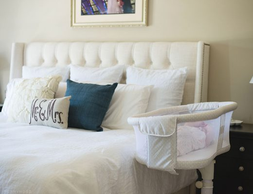 HALO Bassinest Swivel Sleeper Review - Essential Series - My absolute must have for new moms!