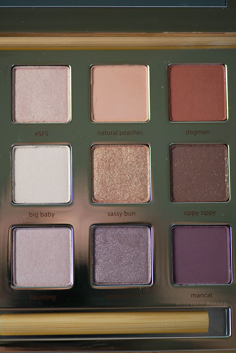 Tarte Swamp Queen Pallete by Grav3yardgirl - review and swatches