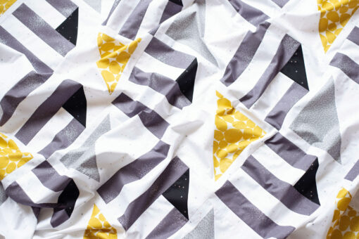 Half Pint Quilt - an easy and fast PDF quilt pattern by Modernly Morgan